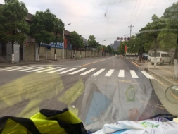 交通标志和交通的交通标线有什么区别?
