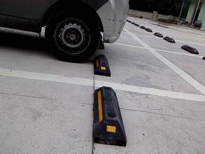 贵州档车胶车轮定位器